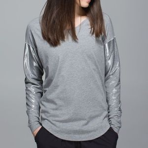 NWT Lululemon Silver Grey Weekend Long Sleeve Top